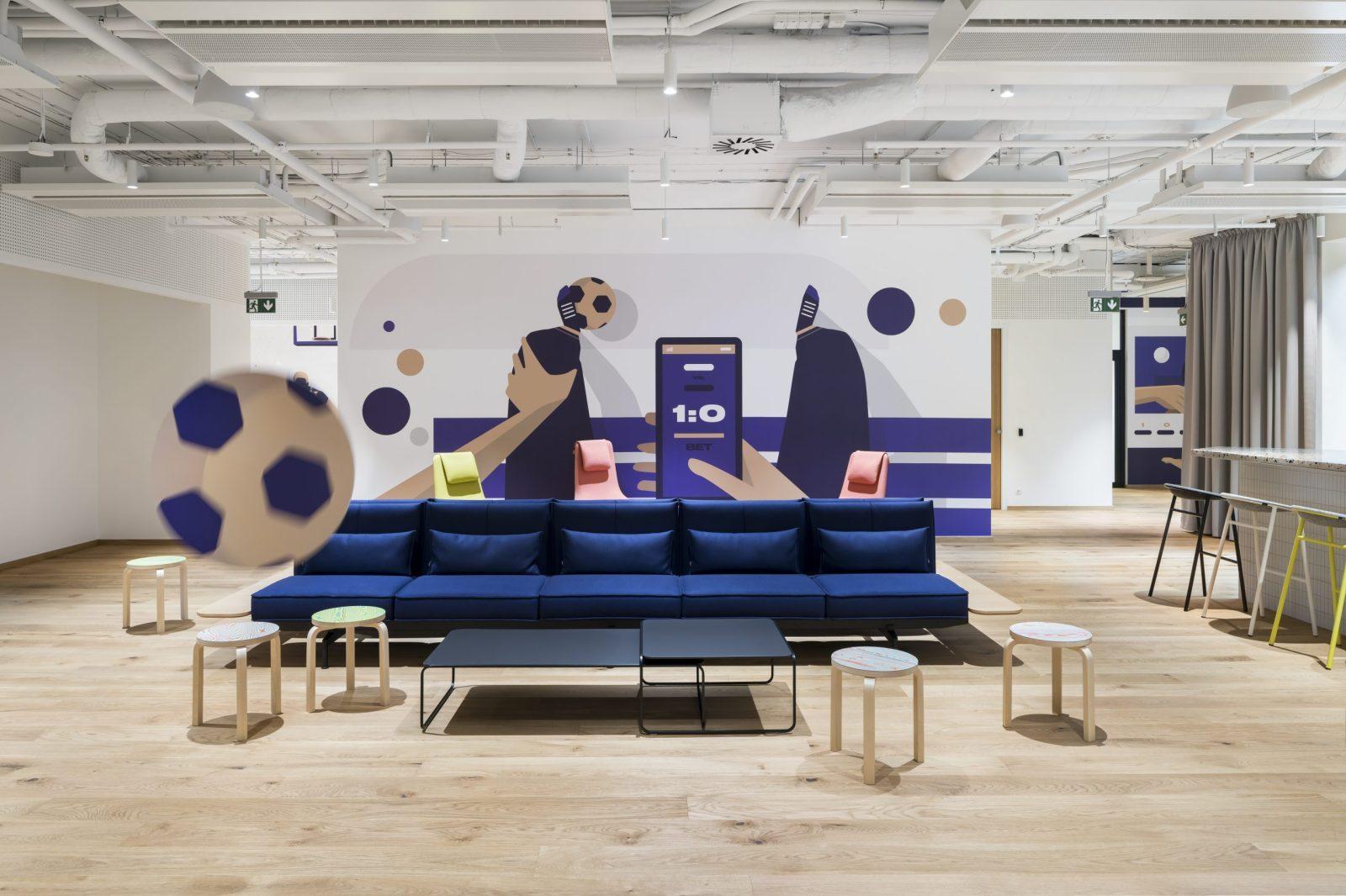 Chill zóna s gaučem v pražské kanceláři Fortuna Entertainment Group